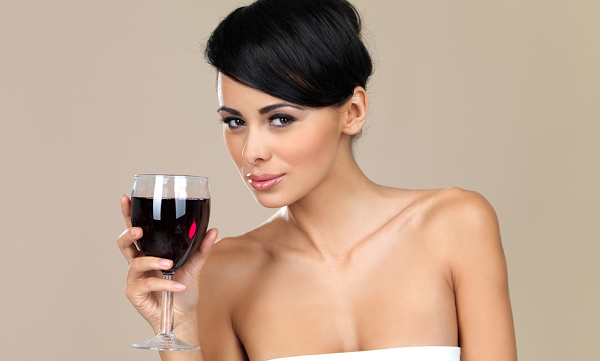Защо алкохолът проваля диетата